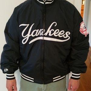 Majestic Jackets   Coats - Mens vintage Yankees bomber jacket size Large 7751bdf9072b